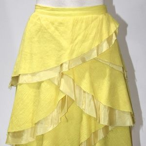 MARC JACOBS YELLOW TIER SKIRT SIZE 6